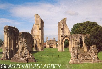 Glastonbury_abbey_6